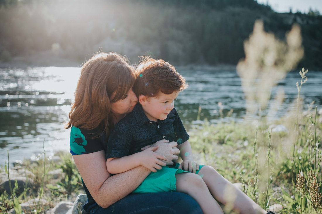 Nelson Family Photography by Kootenay Wedding Photographer Wanderlust Photography
