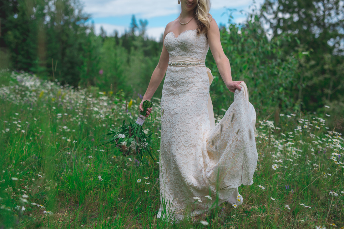 Mountain Bride Kootenays Wedding Photographer